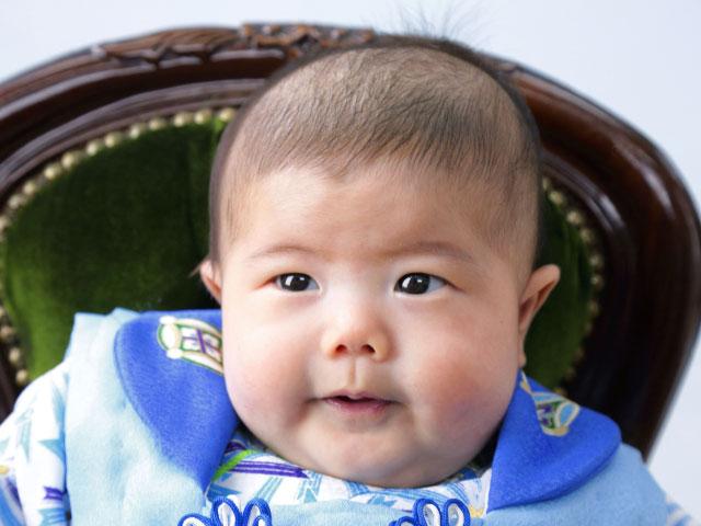 赤ちゃんの百日お食い初めと端午の節句
