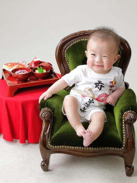 赤ちゃんの百日お食い初めと赤ちゃんの1/2ハーフバースデー